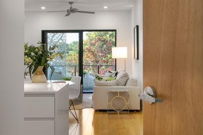 Executive Apartment - $450 per week
