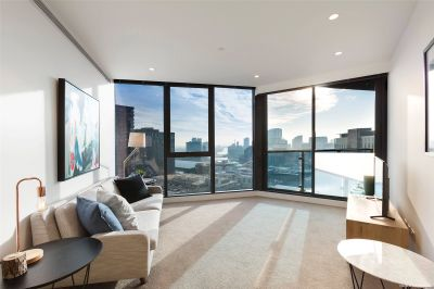 Stunning One Bedroom in Southbank Central with Fantastic Facilities!