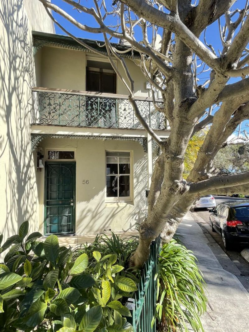 2 BEDROOM TERRACE WITH STUDY ROOM - PET CONSIDERED