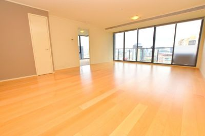 Melbourne Tower: 24th Floor - Light Filled Three Bedroom Apartment with Floorboards!
