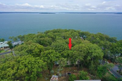 64 Promontory Way, North Arm Cove