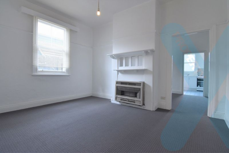 Spacious Two Bedroom (plus study) Home in Cremorne! Parking Permit Available.