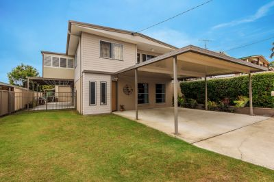 Large Family home with self contained living - close to Broadwater.