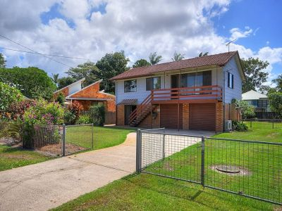 Dual Living Renovator Just 200mts To Currumbin Creek