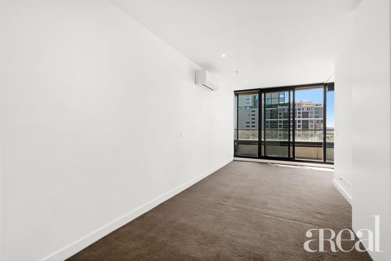 1306/7 Katherine Place, Melbourne VIC