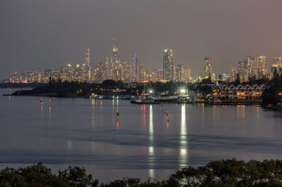 Incredible Views Over the Broadwater, to Surfers Paradise and Beyond!