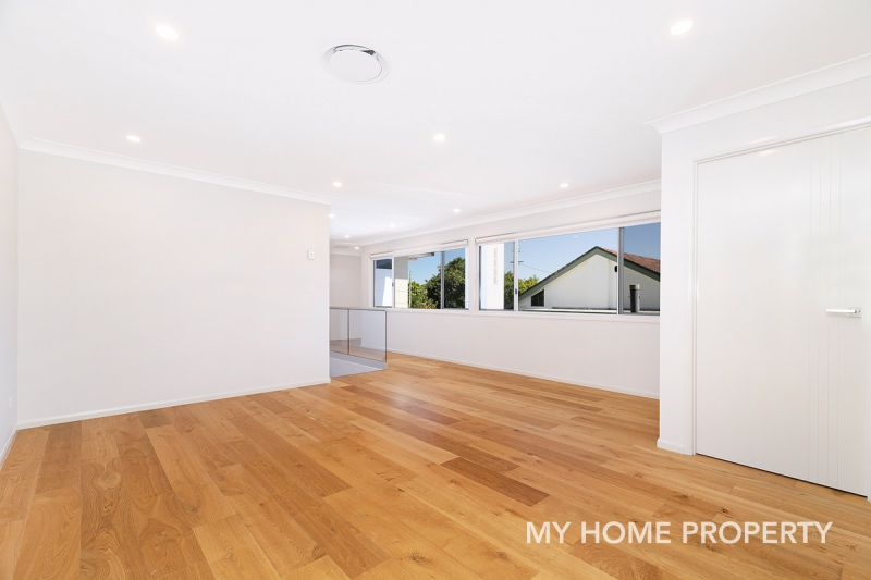 SAME DAY INSPECTIONS AVAILABLE - As New Huge Contemporary Family Home