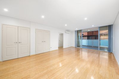 Light Filled & Massive 124sqm of Space