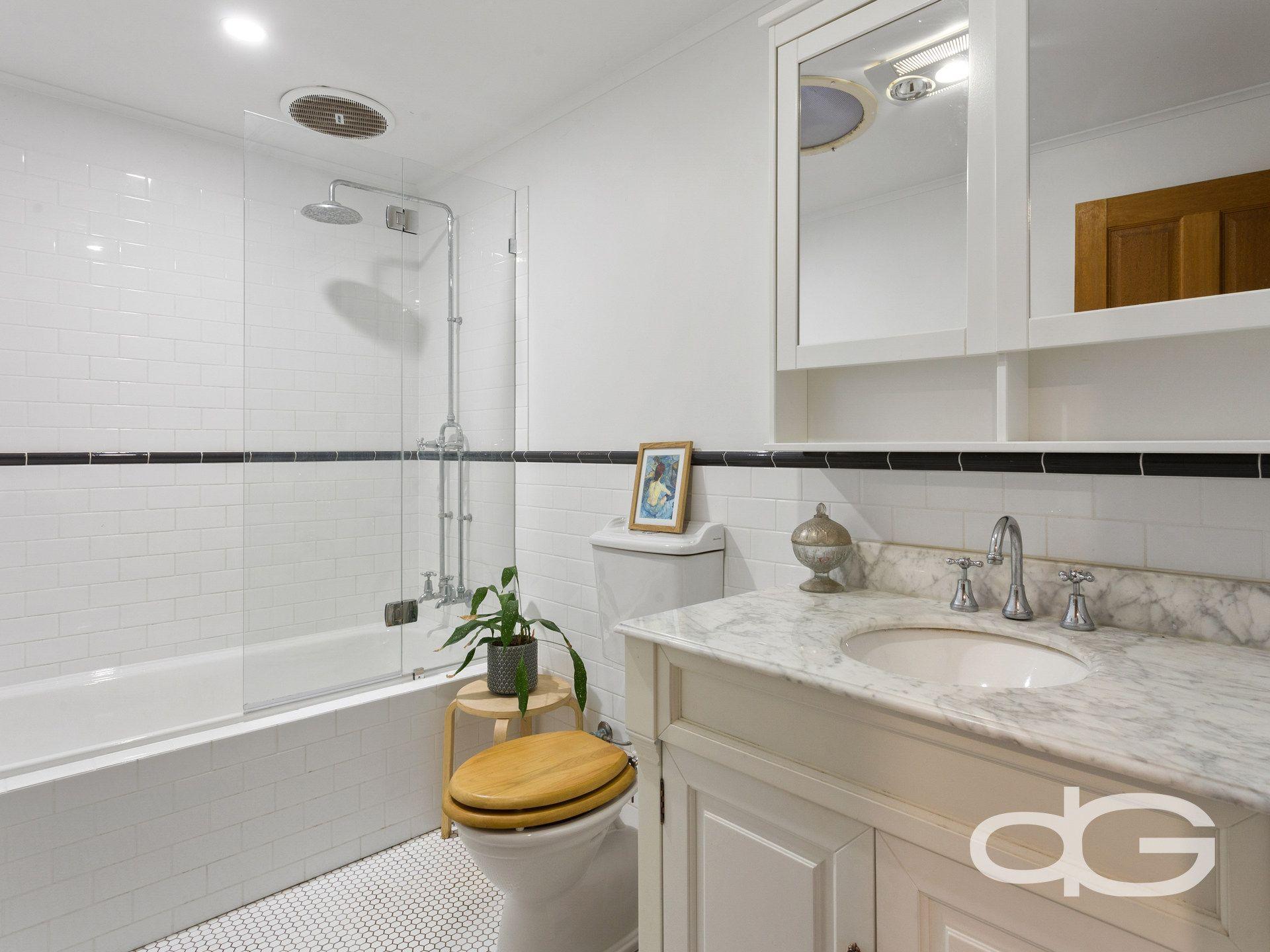 21 Fraser Street, East Fremantle