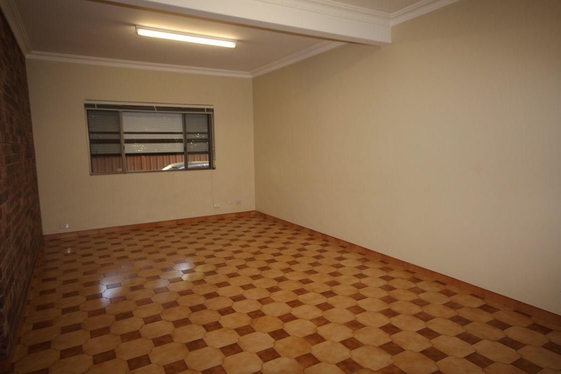 1/178a Windsor Road, Winston Hills NSW 2153