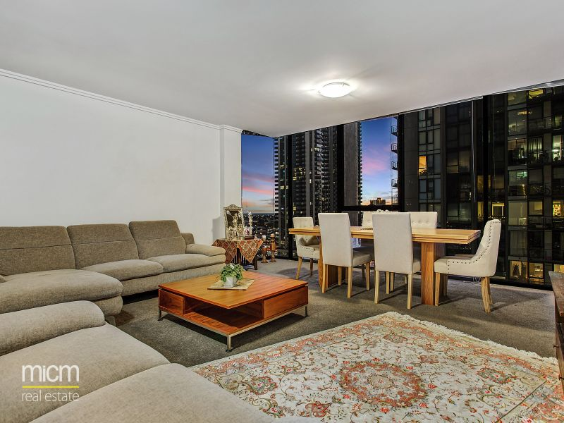 Modern urban living in the heart of Southbank's entertainment precinct