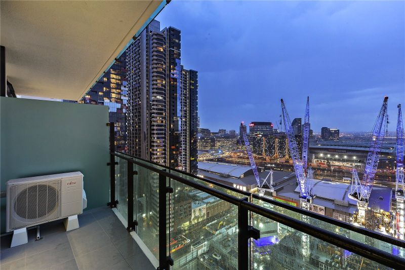 Australis: 35th Floor - Stunning One Bedroom Apartment Awaits!