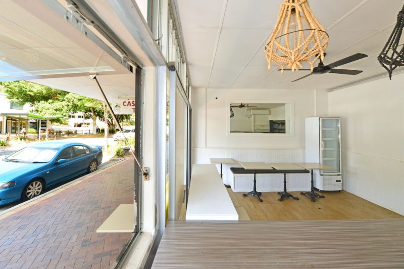 Cafe / Take Away In Noosa Junction