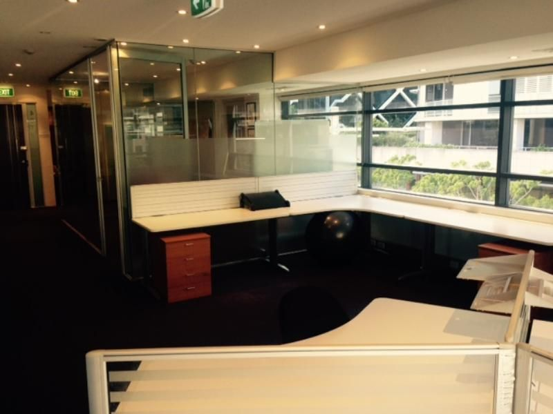 SHARED OFFICE SPACE FOR LEASE - KING STREET WHARF