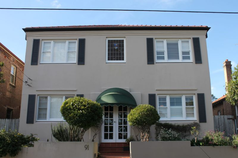 Charming 2 Bedroom Security Apartment!