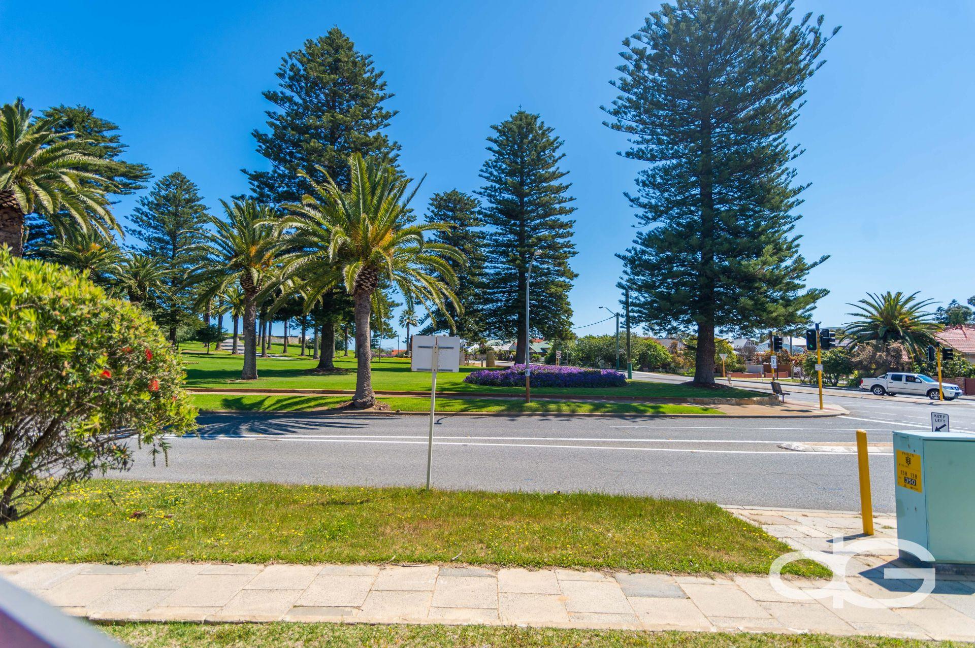 2/253 High Street, Fremantle