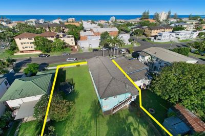 Double block available in the heart of Palm Beach