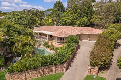 Your Private Oasis in Robina Woods!