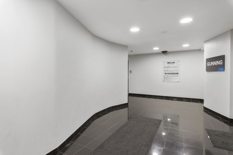 Bright Commercial Office
