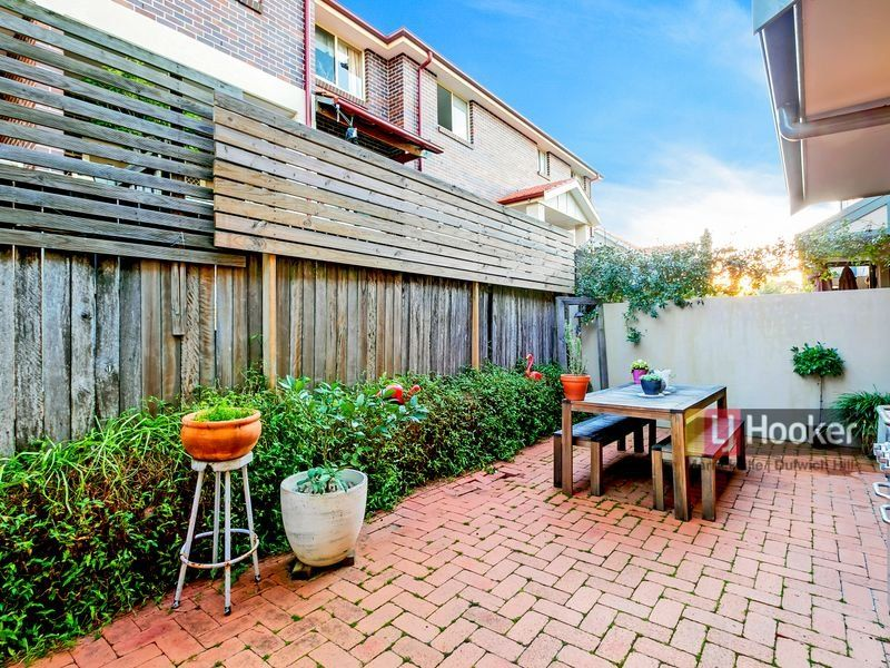 3/165A Denison Road, Dulwich Hill