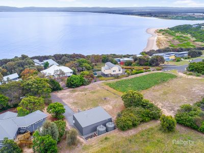 53 Oyster Bay Court, Coles Bay
