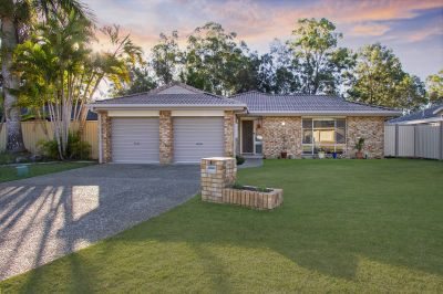 Desirable location with ample space for Caravan or Boat