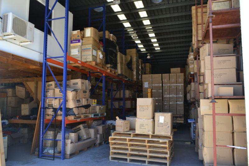 238m²* Brisbane Road Unit For Sale!