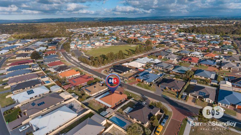 99 Braidwood Drive, Australind