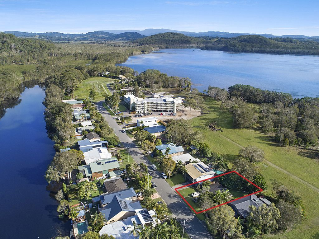 63 Tamarind Ave, Cabarita Beach NSW 2488