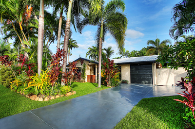 ARE YOU LOOKING FOR AN ABSOLUTELY BEAUTIFUL FAMILY HOME WITH RESORT STYLE LIVING WHERE YOU CAN TOTALLY TAKE ADVANTAGE OF THE NTH QLD LIFESTYLE 24/7?..