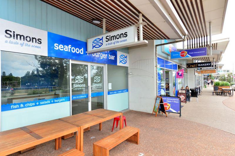 Coolum Beachfront Cafe / Retail Shop