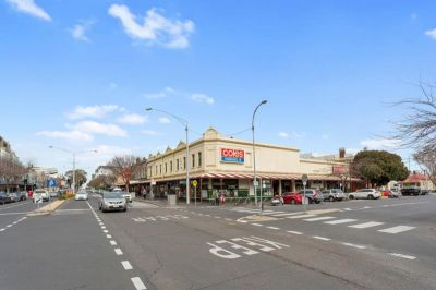 Port Melbourne Retail Space - via EOI