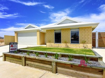 MODERN FAMILY HOME IN DARDANUP