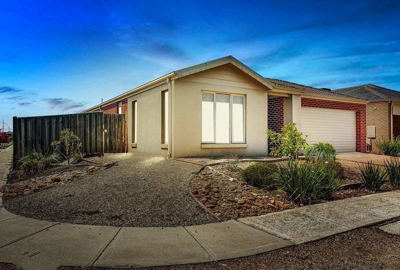 Perfect Family Home in Central of Point Cook