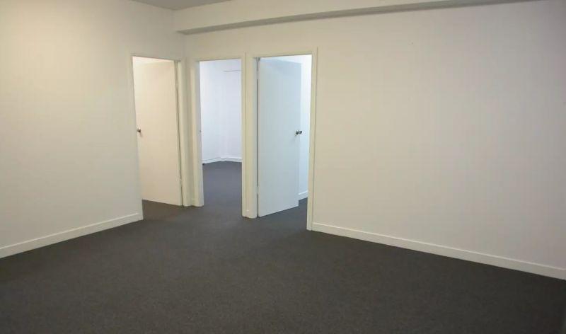 Bright & Quiet Office Space
