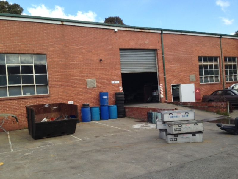 WAREHOUSE / OFFICE - BUDGET PRICE!