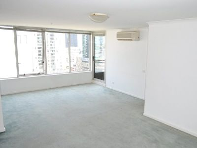 Southbank Condos: 15th Floor - Two Bedroom Apartment in An Excellent Location!