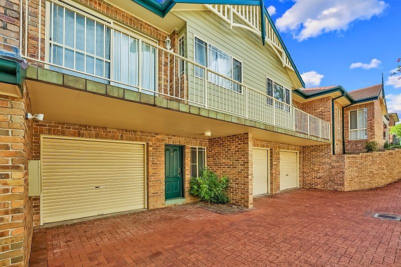 2/10 Alukea Avenue Point Clare 2250