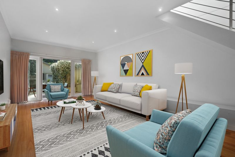 Easy Family Living In Ultra-Modern Dual Level Home