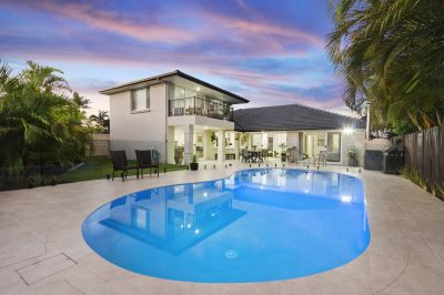 Spectacular Family Home Presents Like New