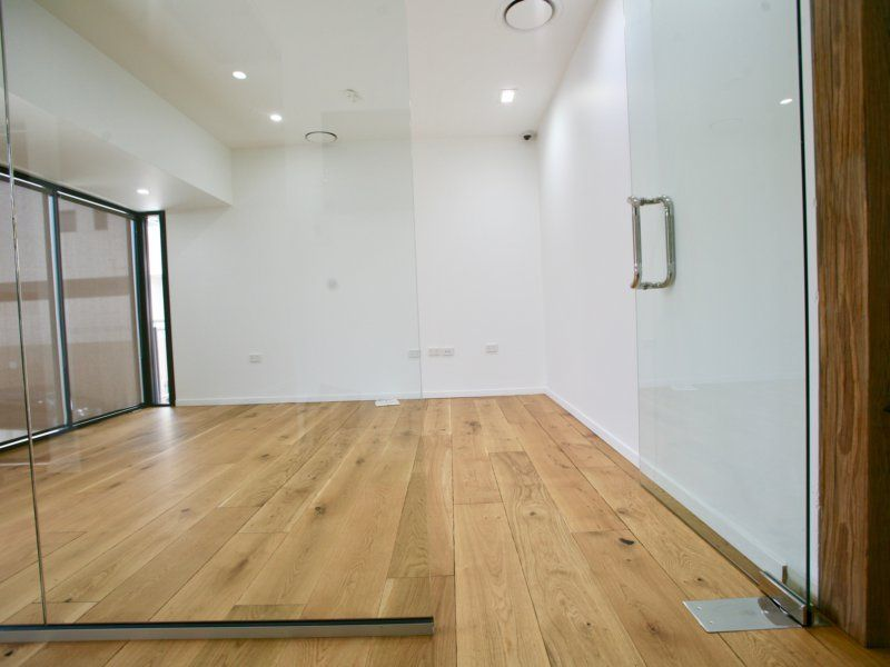 OFFICE WITH STORAGE