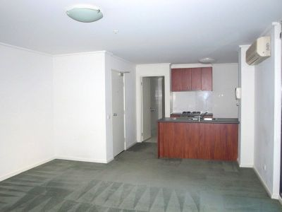 City Point: 5th Floor - Fantastic Inner City Apartment!