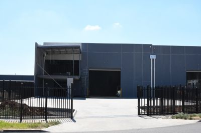 High Clearance New Warehouse with Large Yard