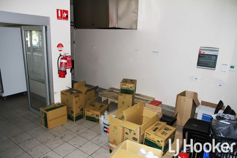 88m2 Retail Office - 2 MONTHS RENT FREE!!