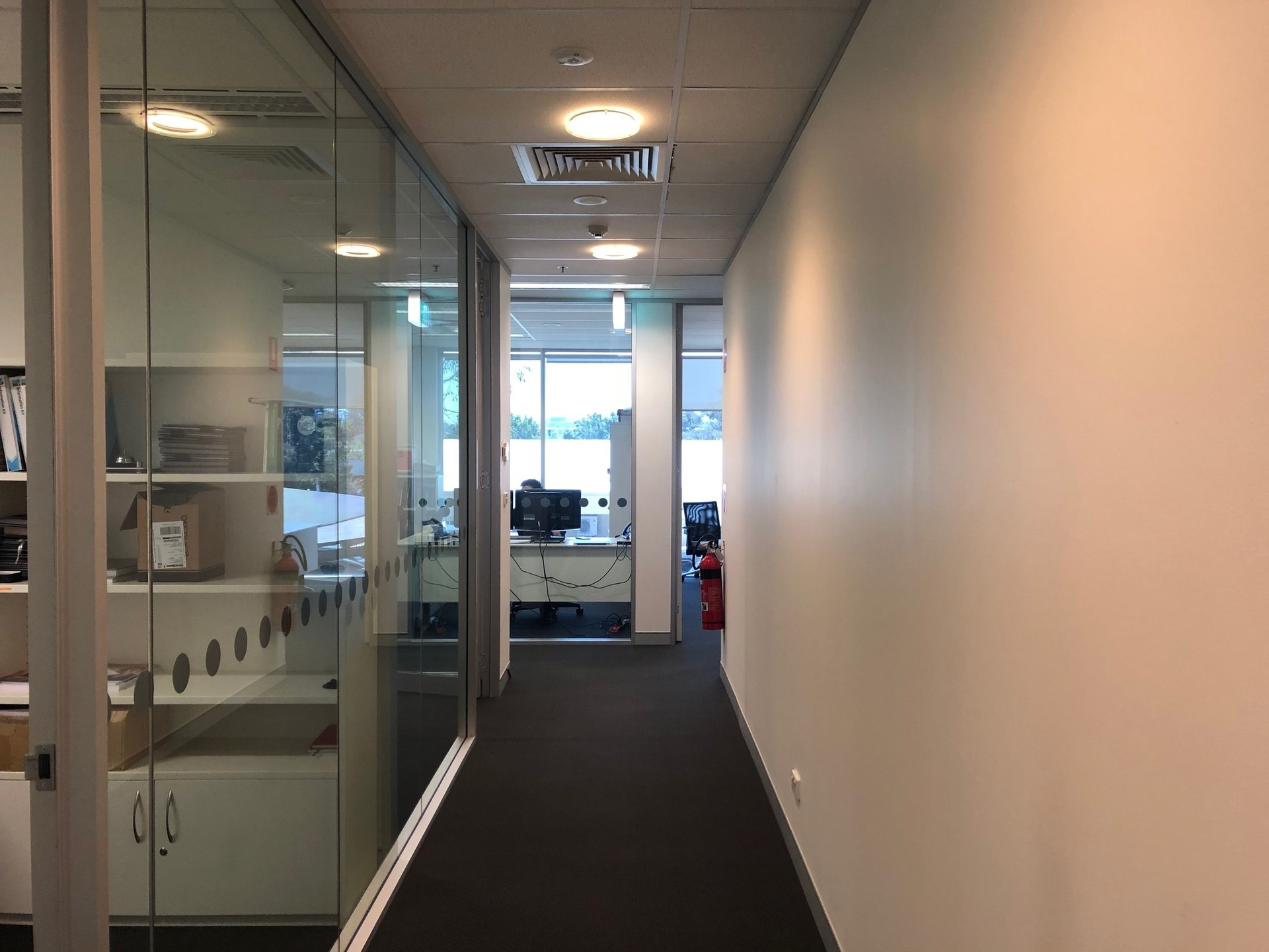 MODERN FITTED OFFICE ACCOMMODATION