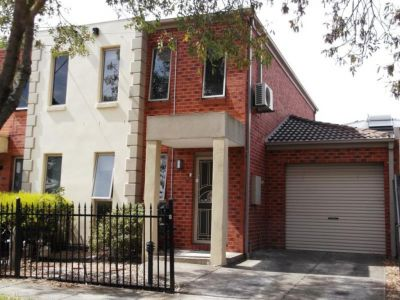 Generous, well looked after and fantastic two bedroom townhouse