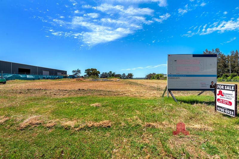 Land Ready to Develop. DA for Storage Sheds Approved!