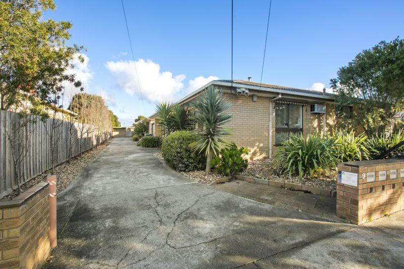 2/9 Roxby Street Manifold Heights