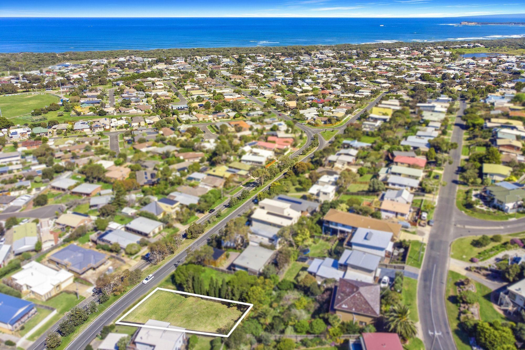 48 Sunset Strip, Ocean Grove VIC 3226