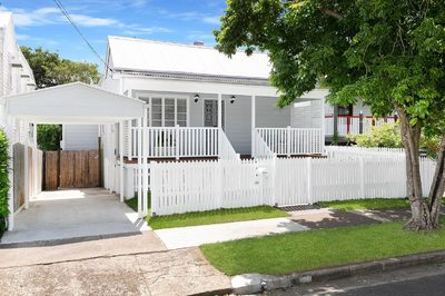 IMMACULATE FOUR BEDROOM PLUS STUDY FAMILY HOME